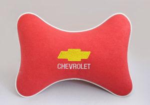 Подушка на подголовник из красного велюра CHEVROLET