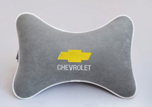 Подушка на подголовник из серого велюра CHEVROLET