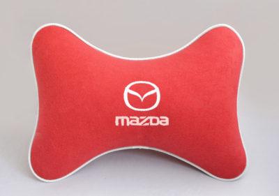 Подушка на подголовник из красного велюра MAZDA