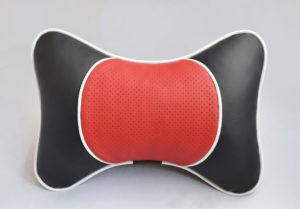 Подушка на подголовник со вставкой из красной перфорированной экокожи