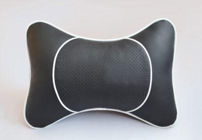 Подушка на подголовник со вставкой из черной перфорированной экокожи