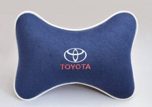 Подушка на подголовник из синего велюра TOYOTA