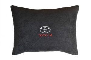 Подушка декоративная из черного велюра TOYOTA