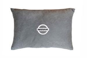 одушка декоративная из серого велюра NISSAN