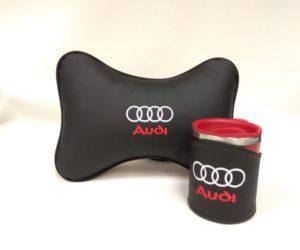 Подарочный набор подушка на подглоловник и термокружка в чехле из экокожи с логотипом AUDI