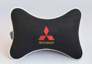 Подушка на подголовник из черного велюра MITSUBISHI