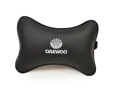 Подушка на подголовник из экокожи DAEWOO
