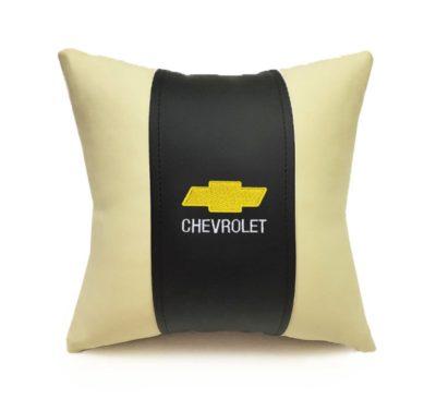 Подушка декоративная из экокожи CHEVROLET (черн.-беж. 33Х33см)